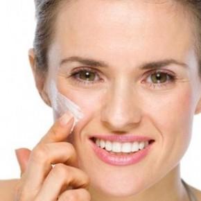 apply-face-cream-properly