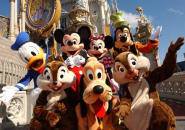 Planning Disney Vacation With Kids
