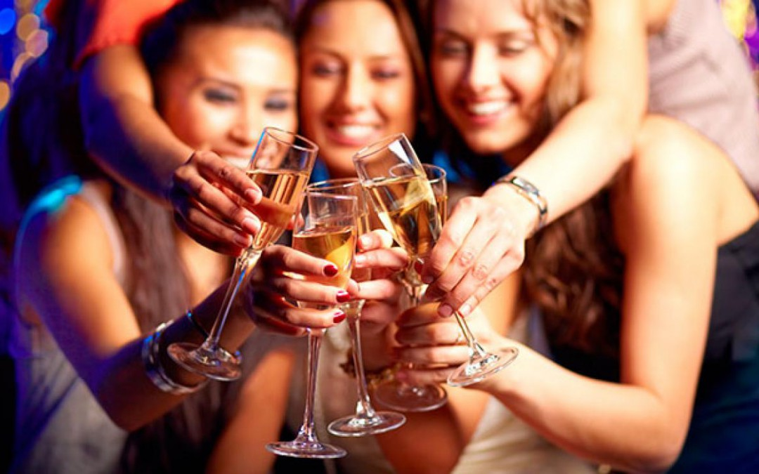 Tips to Stay Safe When Going Out with Friends