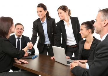 5 Effective Ways To Communicate With Employees
