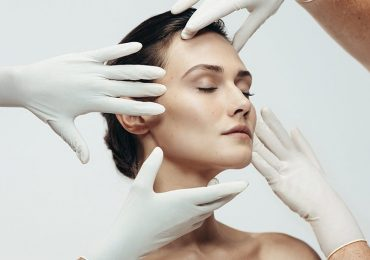 What Procedures Do Cosmetic Dermatologists Perform?